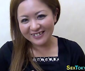 Asian amateurs fingerbang
