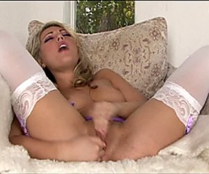 Stunning busty blonde Sarah Peachez fingers herself
