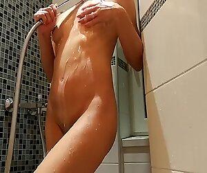 Amateur Mom Shower homemade video Aurora Polaris
