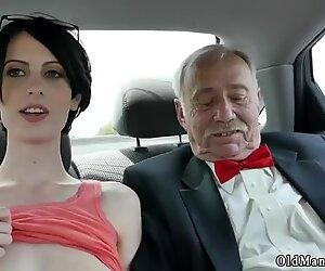 Croisière Charretier éjaculation faciale et amateur femme mûre adore l'anal première fois que frannkie se dirige vers le bas