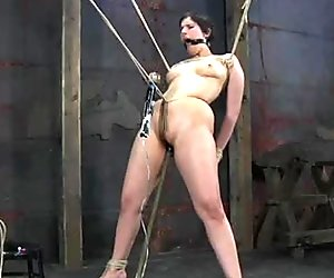 Dude makes use of different bdsm devices to punish Marina's pussy