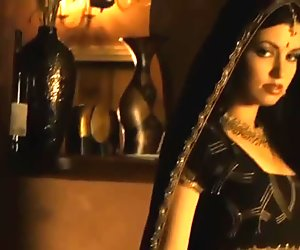 Sensual Belly Dancing From India