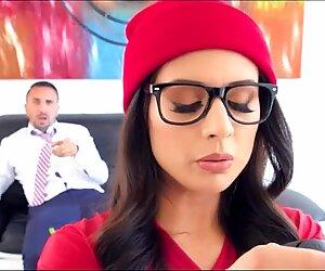 Jynx Labirent gamer kız ile kocaman göt tam video @ goo.gl/ms7wq2