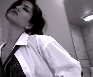 Sunny Leone in The Smell Of Sex And Of You Video