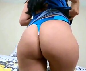 Huge ass bubble Jolla fucks hard cock and pussy squirts on him - POV
