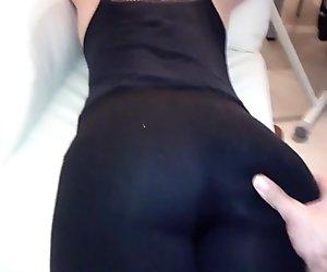 Big boubble but wife  in leggings