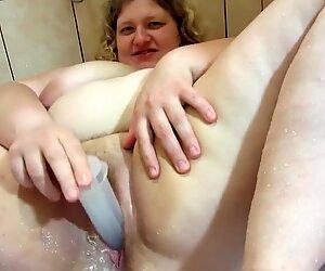 Allaiter en manchon femme mûre maman salope mamas aux gros seins