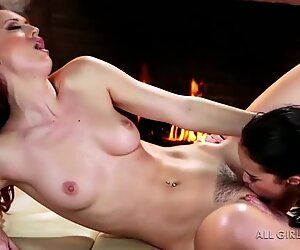 Karlie Montana and Megan Rain awesome facesetting and orgasm