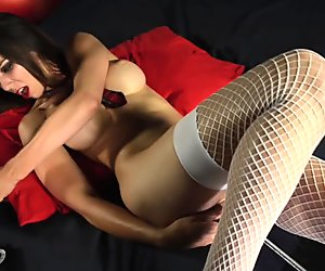 Naughtey School Girl Tiffany Tyler on Fucking Machine