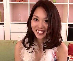 Casting pour porno avec jolie asiatique Un Yabuki