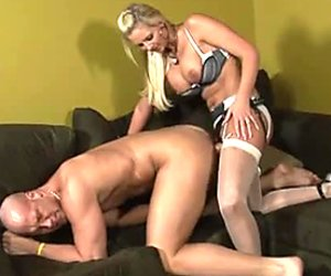Bootylicious sexpot Phoenix Marie fucks her lover with a strapon