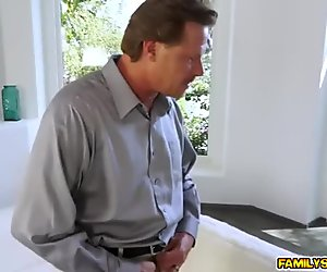 Step dad licking and eating Iggy Amores bald pussy