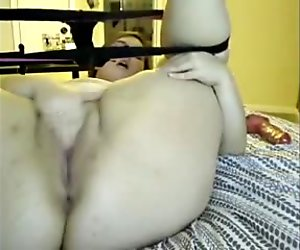 BBW Teen Fucking Herself Hard on Cam