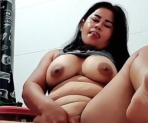 THAI MILF PEES AND PLAYS WITH PUSSY