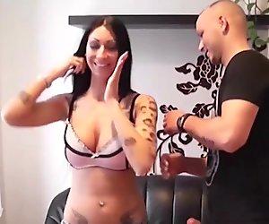Teen Tracy bei ihrem ersten Porno-Dreh mit Fremden Typen