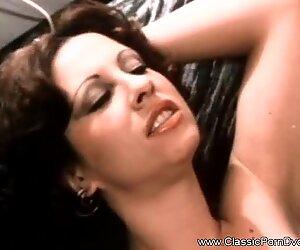 Porno vintage seventies avec maman salope