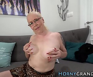 Granny in specs creampied