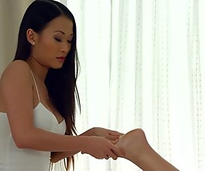 Hot lesbian asian massage from Sapphic Erotica with PussyKat