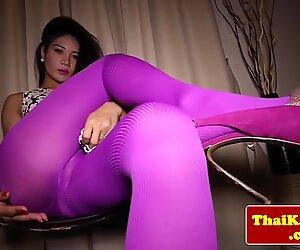 Glamour thai transsexuelles excite très sensuel
