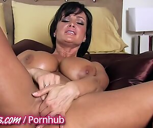 Hot Milfs show their experience