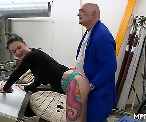 Hot German wife gets fucked by anal inspecor