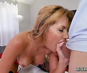 Georgia peach milf and mom cumshot compilation hd Hot Milf Fucked Delivery Guy - Mercedes Carrera