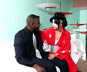 Vivianna Mulino wearing kimono playing Japanese Gesha gives hot footjob with BBC