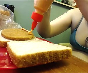 GTS Eats Sandwich with Tiny Inside