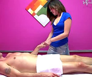 Adorable Asian massage therapist Noni gives her patient a nice blowjob
